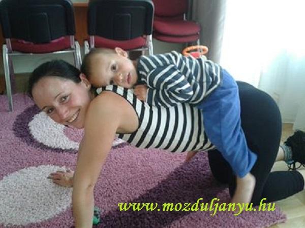 Tornázz otthon a babával