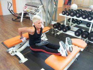 tricepsz tolózkodás súllyal (1)